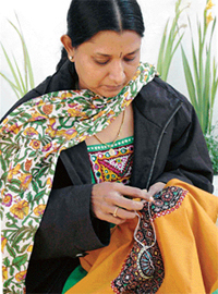 mostre_kutch embroidery
